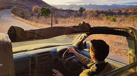 outlook-safari-packages overland game drive vehicle